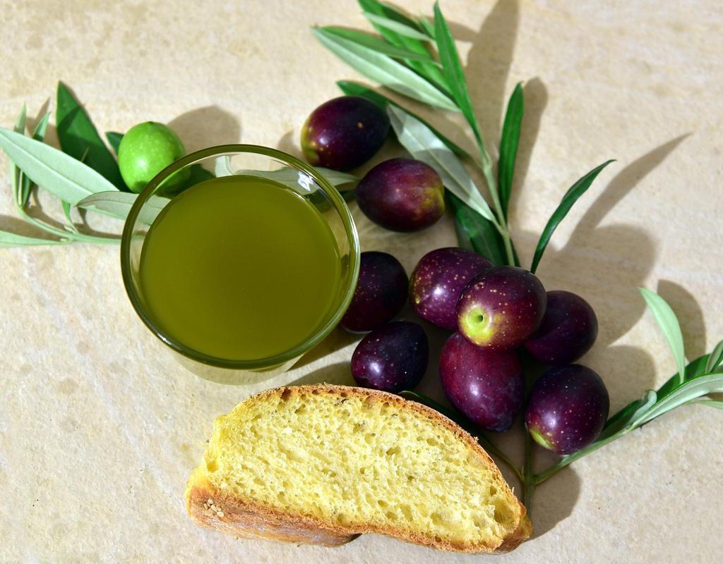 ¿Qué diferencia hay entre aceite de oliva virgen y el virgen extra?